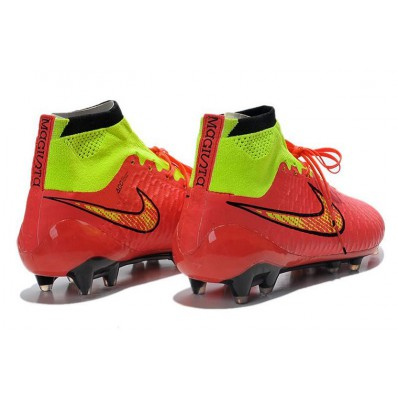 chaussure nike football pas cher