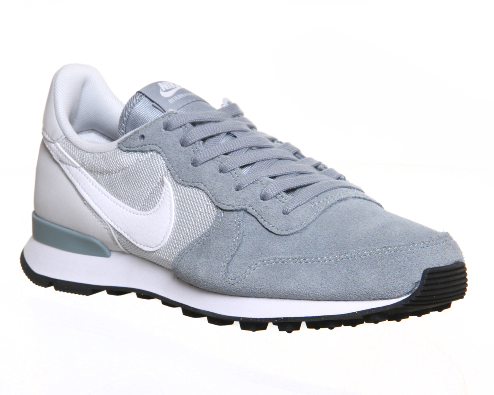 nike internationalist grise et blanche